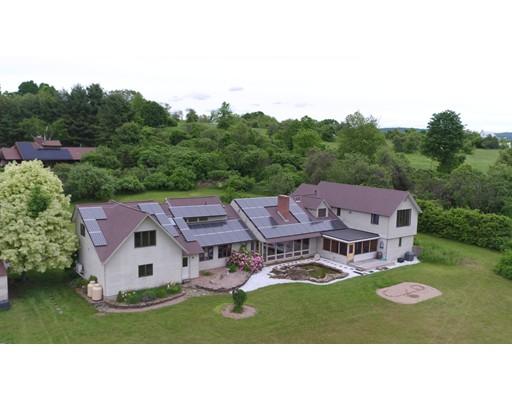 獨棟家庭住宅 為 出售 在 368 Middle Street 368 Middle Street Amherst, 麻塞諸塞州 01002 美國