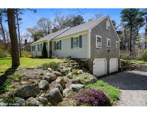 Single Family Home for Sale at 101 Deer Path Circle Brewster, Massachusetts 02631 United States