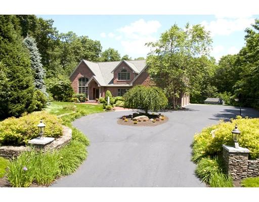 واحد منزل الأسرة للـ Sale في 9 Squantum Road Paxton, Massachusetts 01612 United States