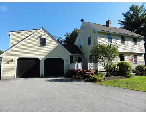 Single Family Home for Sale at 13 Howe Drive Lyndeborough, New Hampshire 03082 United States