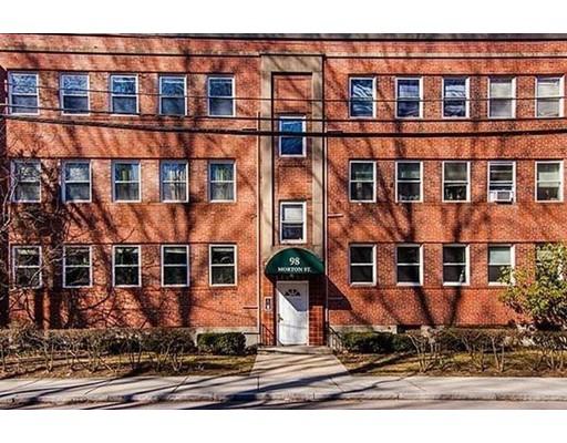 独户住宅 为 出租 在 98 Morton 波士顿, 马萨诸塞州 02130 美国