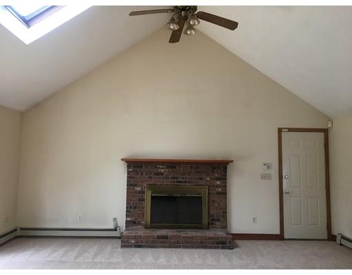 Additional photo for property listing at 16 Tiffany Drive  Randolph, Massachusetts 02368 Estados Unidos