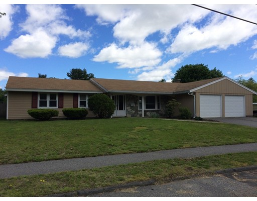 Additional photo for property listing at 11 Monson Drive  Peabody, Massachusetts 01960 United States