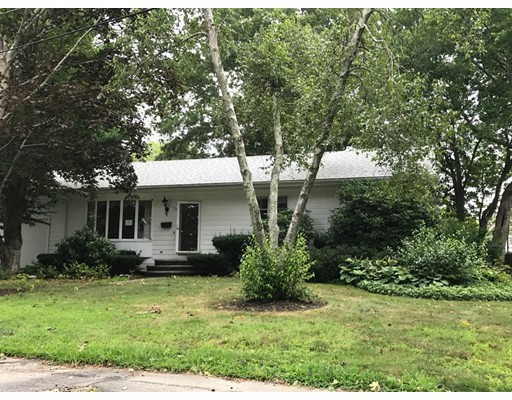 Additional photo for property listing at 532 Lantern Lane  New Bedford, Massachusetts 02740 Estados Unidos