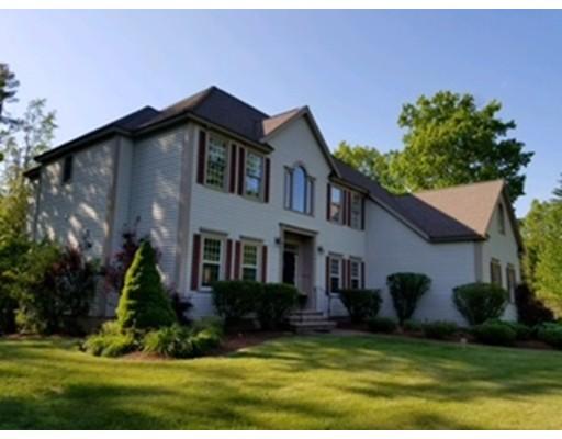 Single Family Home for Sale at 17 Arcadia Lane Salem, New Hampshire 03079 United States