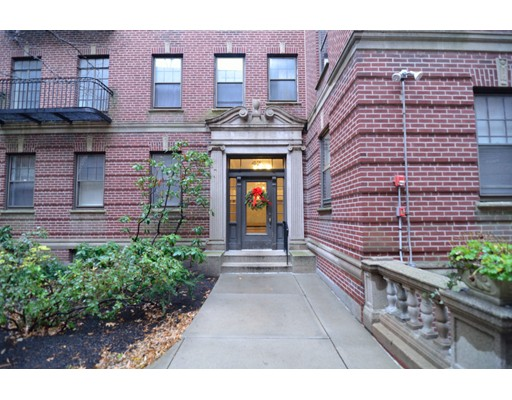 Single Family Home for Rent at 42 Linnaean Street Cambridge, Massachusetts 02138 United States