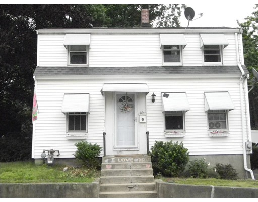Casa Unifamiliar por un Venta en 46 PEARL STREET Weymouth, Massachusetts 02191 Estados Unidos