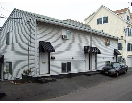 多户住宅 为 销售 在 6 Falmouth Street Everett, 马萨诸塞州 02149 美国