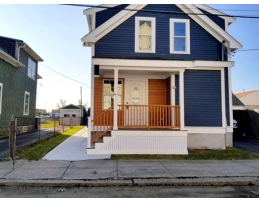 Single Family Home for Sale at 883 Grinnell Street Fall River, Massachusetts 02721 United States