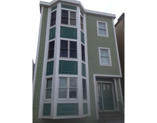 Additional photo for property listing at 734 East 6TH Street  Boston, Massachusetts 02127 Estados Unidos