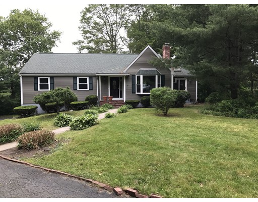 Single Family Home for Sale at 59 Jones Road 59 Jones Road Hopedale, Massachusetts 01747 United States