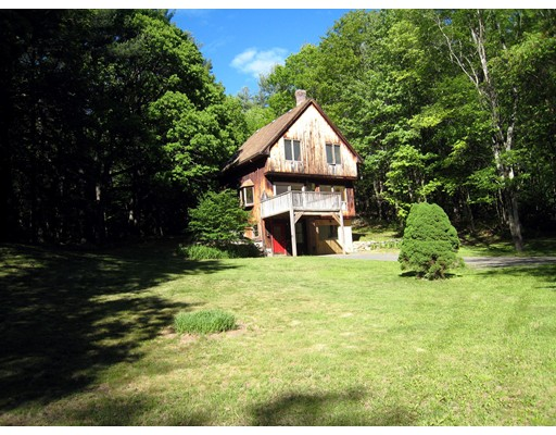 Single Family Home for Sale at 140 Dudleyville Road 140 Dudleyville Road Leverett, Massachusetts 01054 United States
