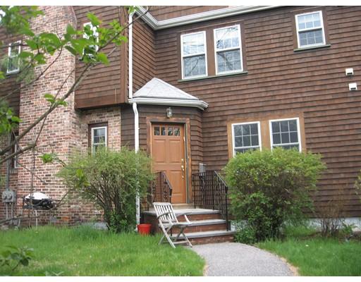 独户住宅 为 出租 在 4 Sumner Street 牛顿, 马萨诸塞州 02459 美国