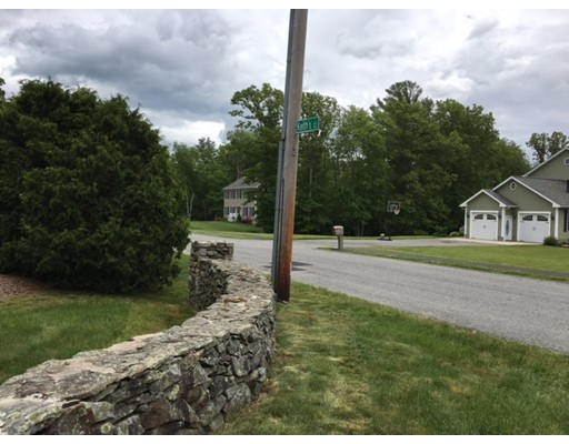 Additional photo for property listing at Keith's Circle  Swansea, Massachusetts 02777 United States