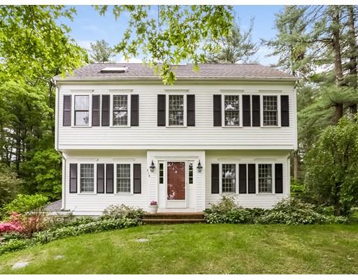 واحد منزل الأسرة للـ Sale في 216 Cranberry Drive Halifax, Massachusetts 02338 United States