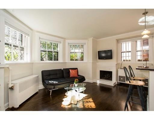 Casa Unifamiliar por un Alquiler en 135 Marlborough Street Boston, Massachusetts 02116 Estados Unidos