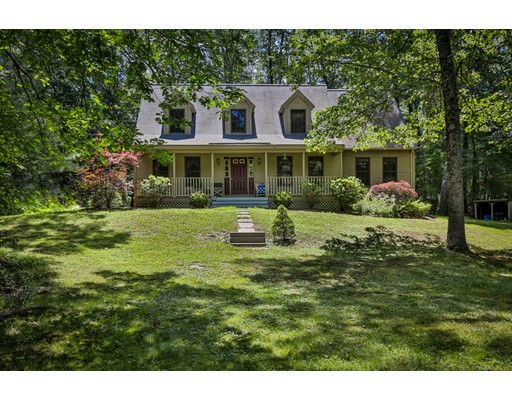 Single Family Home for Sale at 173 Georgetown Road Boxford, Massachusetts 01921 United States