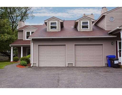 Condominio por un Venta en 38 Stone Trail #A North Providence, Rhode Island 02904 Estados Unidos