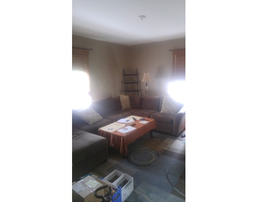 Additional photo for property listing at 202 Craft Street  牛顿, 马萨诸塞州 02460 美国
