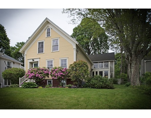 Casa Unifamiliar por un Venta en 356 Main Street Groveland, Massachusetts 01834 Estados Unidos