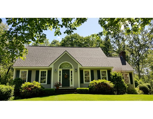 Single Family Home for Sale at 2 Windmill Lane Atkinson, New Hampshire 03811 United States