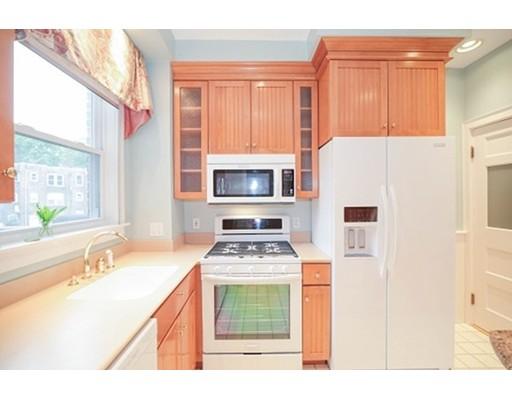 40 Leamington Rd, Boston, MA 02135