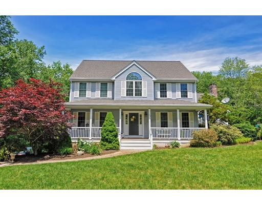 Single Family Home for Sale at 29 Rhodes Street Plainville, Massachusetts 02762 United States