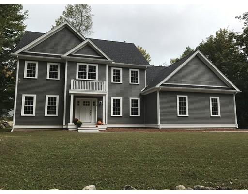 واحد منزل الأسرة للـ Sale في 6 Hart Road Lynnfield, Massachusetts 01940 United States