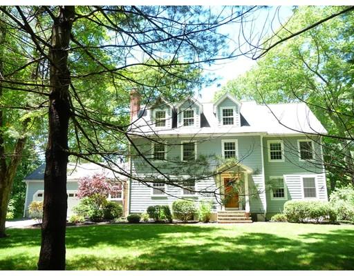 独户住宅 为 销售 在 54 Glen Street Dover, 马萨诸塞州 02030 美国