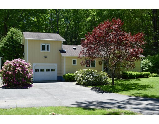 Single Family Home for Sale at 300 Main Road Westhampton, Massachusetts 01027 United States