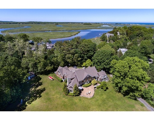 Single Family Home for Sale at 60 Powder Point Avenue 60 Powder Point Avenue Duxbury, Massachusetts 02332 United States
