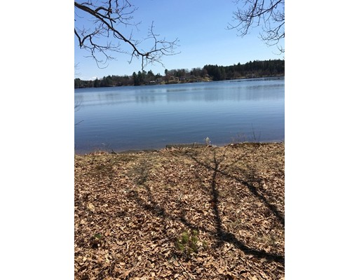 105 Lakeshore Dr, West Brookfield, MA 01585