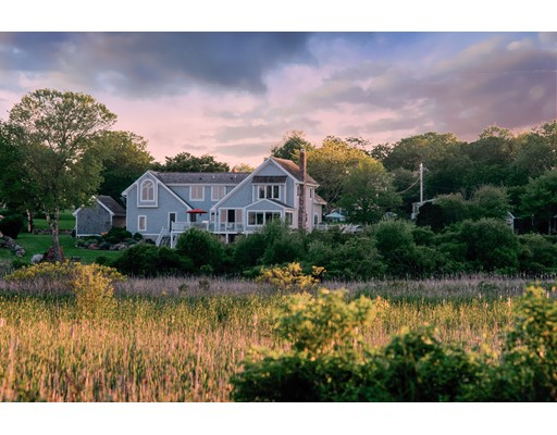 Single Family Home for Sale at 6 Ocean Drive 6 Ocean Drive Little Compton, Rhode Island 02837 United States