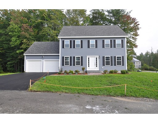 Single Family Home for Sale at 1 Penny Lane Townsend, Massachusetts 01469 United States