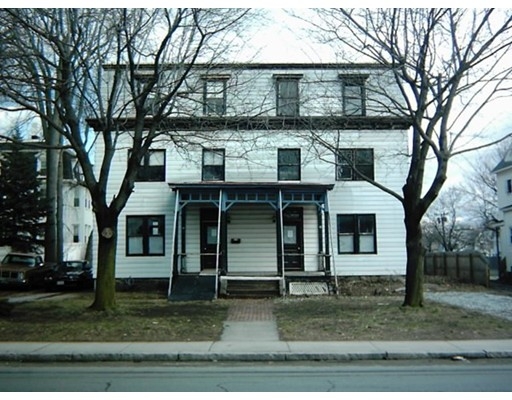 39 Maplewood Ave, Pittsfield, MA 01201
