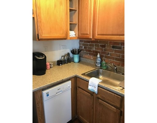 Additional photo for property listing at 116 West 3rd Street  Boston, Massachusetts 02127 Estados Unidos