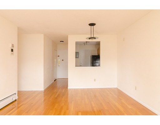 6 Hayes Rd 26, Boston, MA 02131