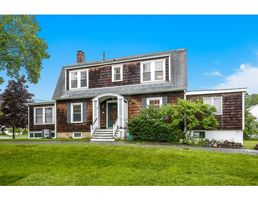 17 Corning St, Beverly, MA 01915