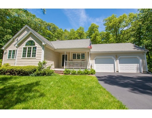 21 Cherry Tree Lane, North Attleboro, MA 02760