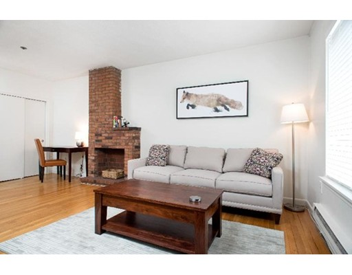 Additional photo for property listing at 220 Beacon Street  Boston, Massachusetts 02116 United States