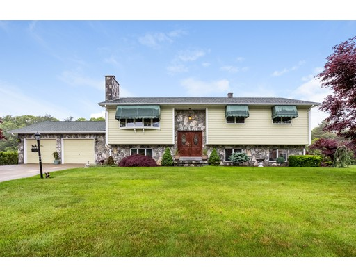 Single Family Home for Sale at 15 Tracey Street Acushnet, Massachusetts 02743 United States