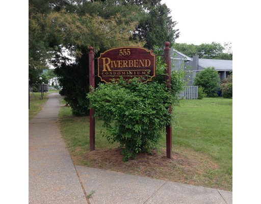 555 Russell Rd D23, Westfield, MA 01085