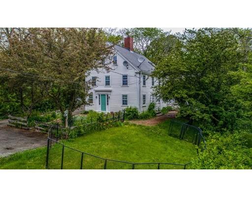 多户住宅 为 销售 在 16 North Kilby Street 格洛斯特, 马萨诸塞州 01930 美国