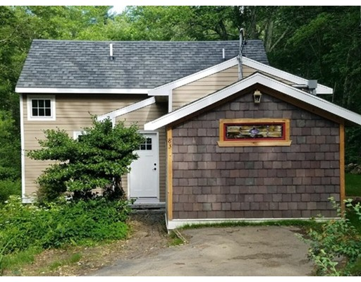 Single Family Home for Sale at 83 High Street Upton, Massachusetts 01568 United States