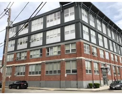 Casa Unifamiliar por un Alquiler en 118 Holmes Quincy, Massachusetts 02171 Estados Unidos