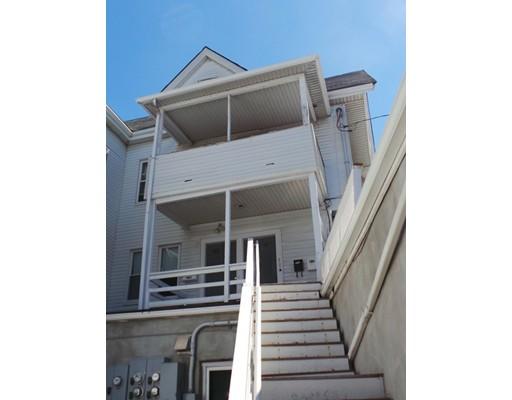 Casa Unifamiliar por un Alquiler en 196 Elm Street Everett, Massachusetts 02149 Estados Unidos