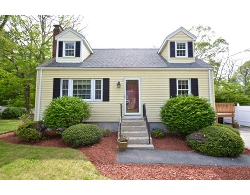 Maison unifamiliale pour l Vente à 15 Judy Lane Bellingham, Massachusetts 02019 États-Unis