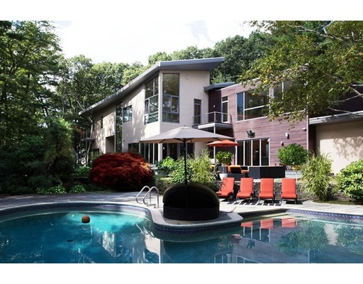 Casa Unifamiliar por un Venta en 8 Needham Road Lynnfield, Massachusetts 01940 Estados Unidos