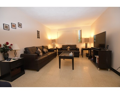 Additional photo for property listing at 33 Cogswell Avenue  坎布里奇, 马萨诸塞州 02140 美国