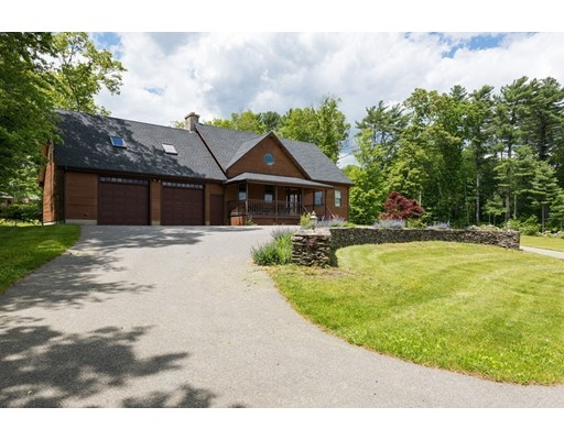 514 Snipatuit Road, Rochester, MA 02770